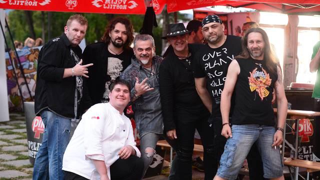 Opća opasnost: Majstori roštilja okupirali Jastrebarsko