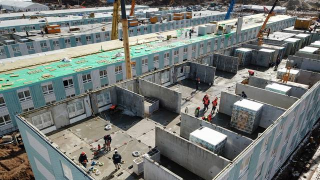 New hospital for coronavirus patients under construction in Moscow