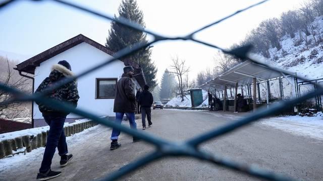 Sarajevo: Oko 150 migranata iz prihvatnog centra Ušivak prebačeni u Blažuj