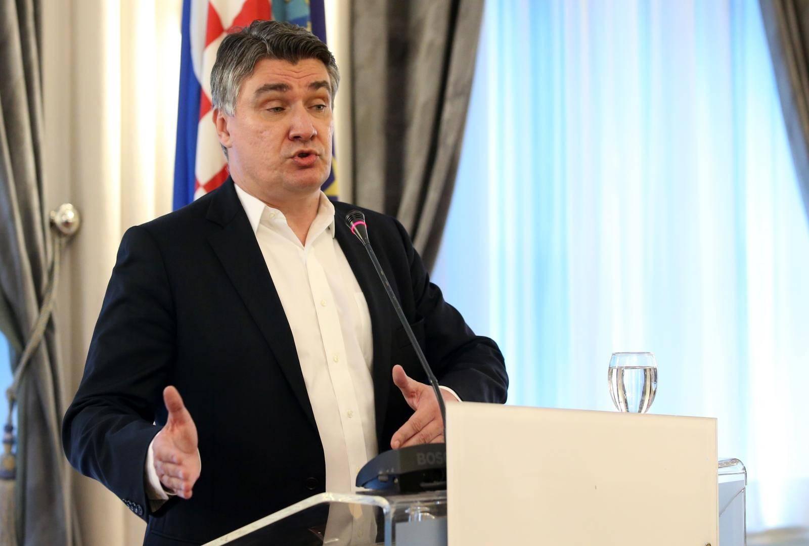Zagreb: Zoran Milanović u HND-u govorio o svojoj kandidaturi za predsjednika RH