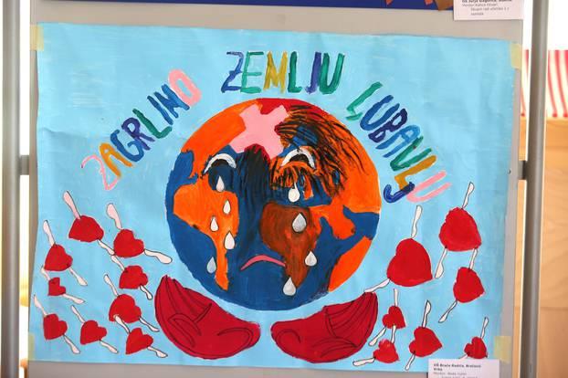 """Šibenik: Otvorena izložba dječjih plakata na temu """"Klimatske promjene"""""""
