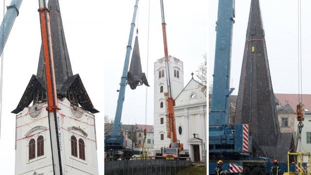 VIDEO Točno u podne skinuli su 15 tona tešku kapu s katedrale