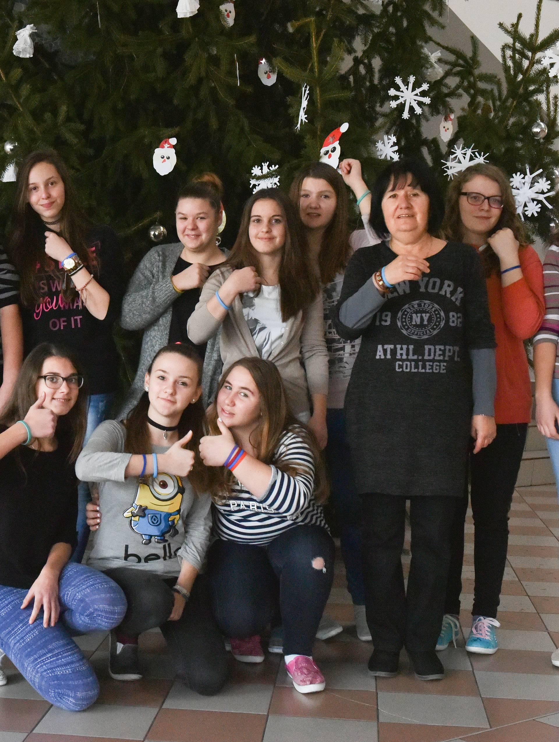 'Sve nas je oduševila akcija Caritasa s narukvicama...'