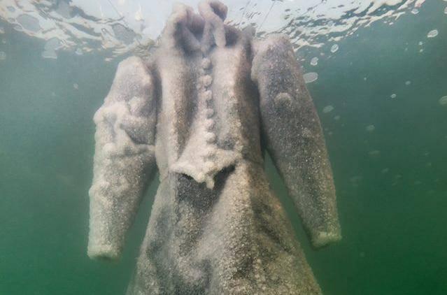 Ukleta slana nevjesta - izronila je iz Mrtvog mora puna kristala