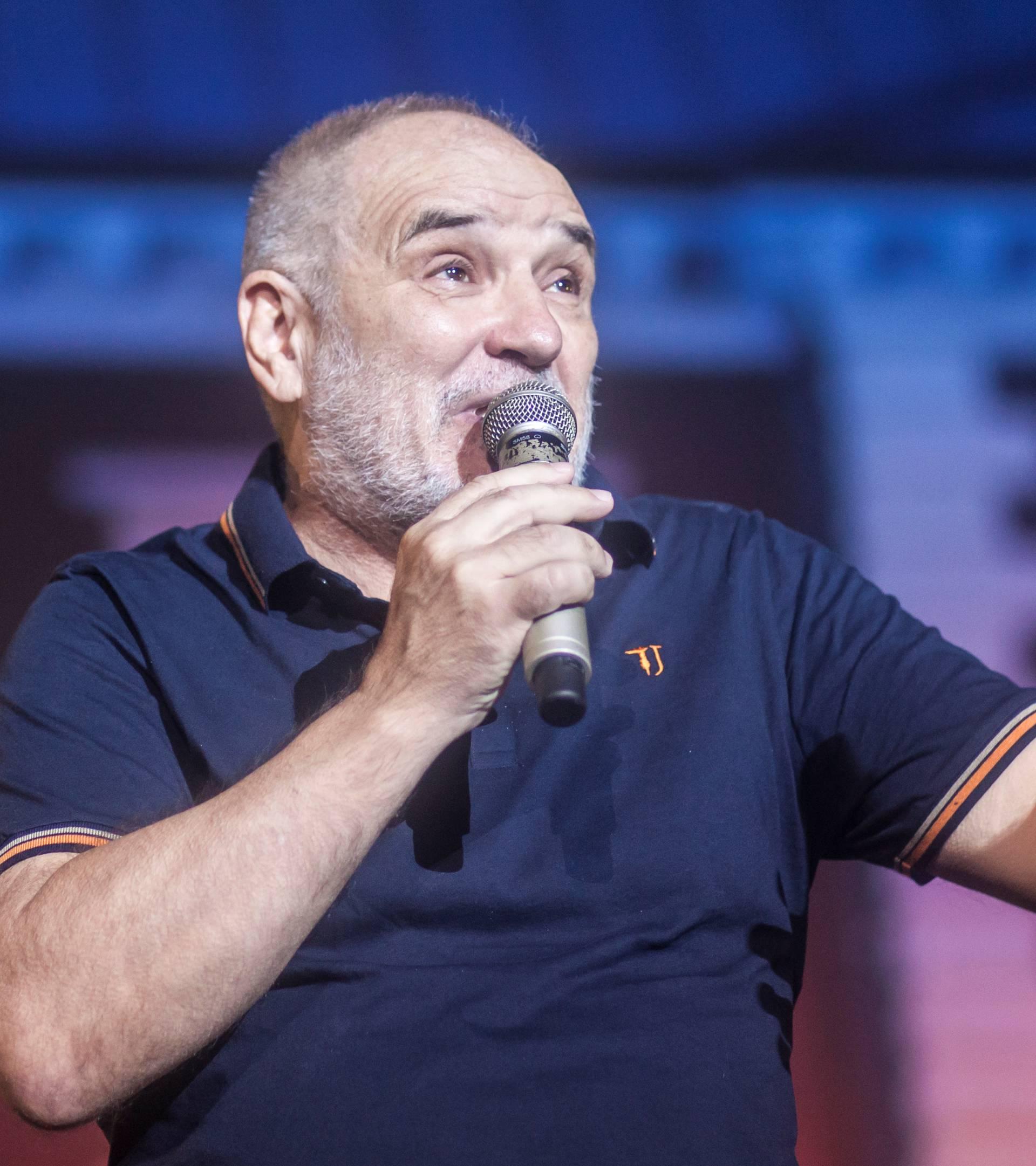 Balašević u samo tjedan dana rasprodao zagrebačku Arenu ?