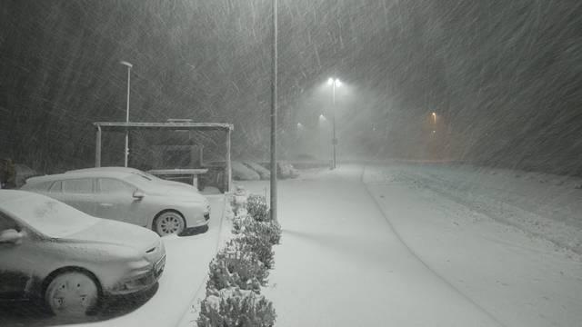 Zima se ne da: Sutra će opet biti snijega, pazite ako idete na put