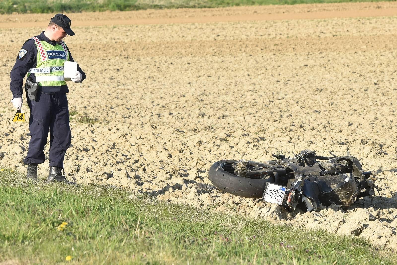 Novo Selo Rok: U prometnoj nezgodi poginuo vozač motocikla