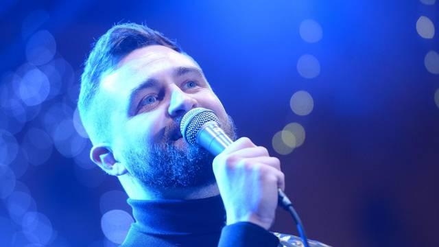 Pjevač Matija Cvek: Najviše o sceni me naučio Jacques Houdek