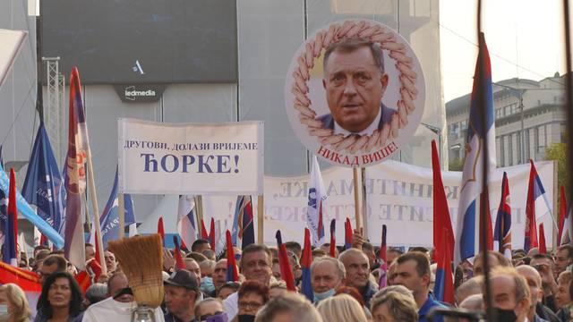Banjaluka: Veliki oporbeni prosvjed protiv Dodika