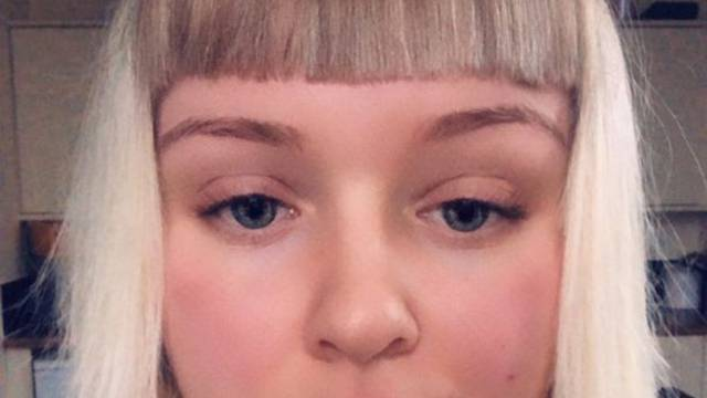 Dala dečku da ju ošiša, dobila je šiške iz filma 'Glup i gluplji'