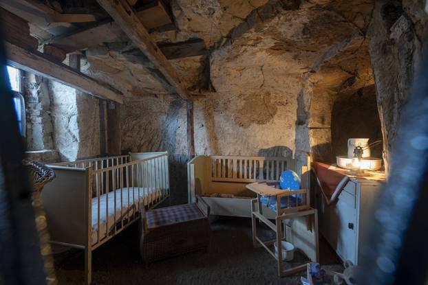Pećinske kućice u Langensteinu podsjećaju na prave hobitske