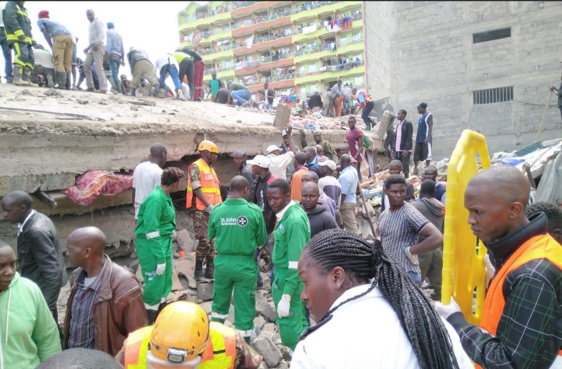 Srušila se stambena zgrada u Nairobiju, ljudi pod ruševinama
