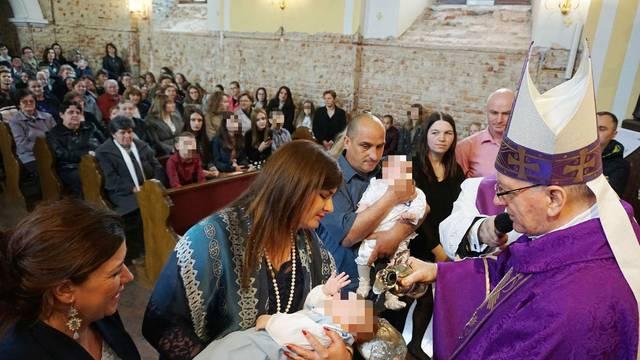 Dan nakon prometne ministrica Žalac je bila kuma na krštenju!
