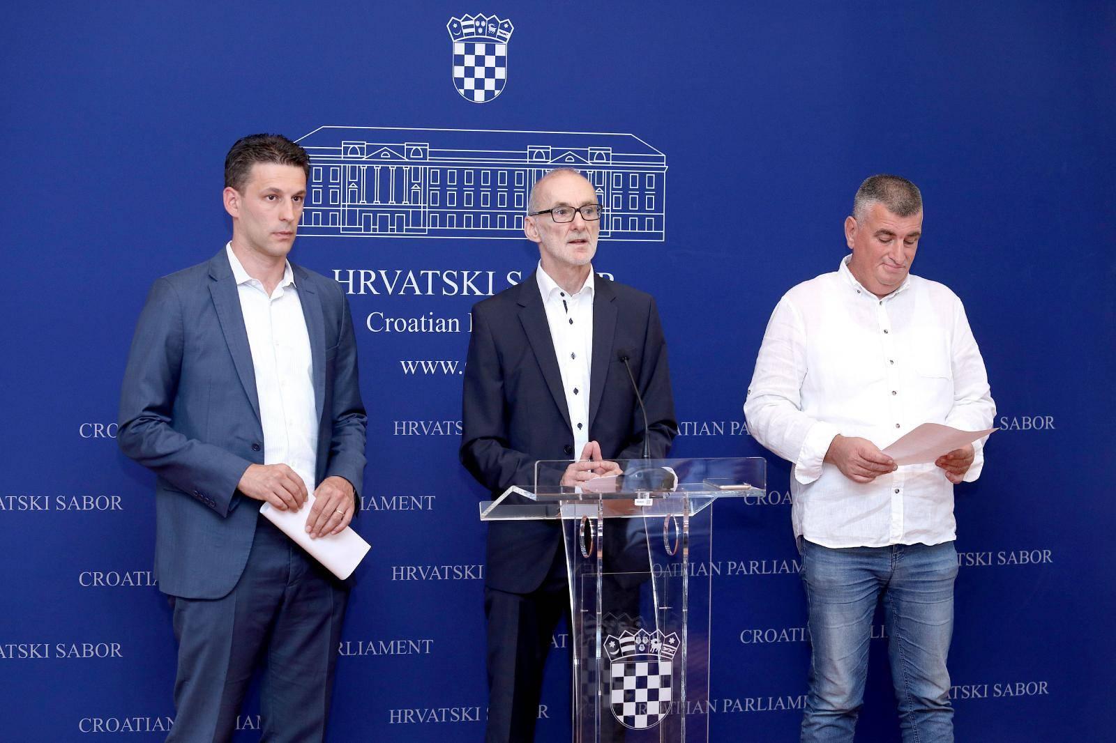 Most traži opoziv Kujundžića i izvanrednu sjednicu Sabora