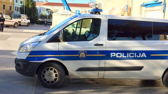 Rijeka: Opljačkao ljekarnu i benzinsku pa slupao automobil