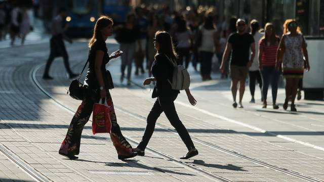 Zagreb: Povratkom Zagrepčana s godišnjih odmora živnule su gradske ulice