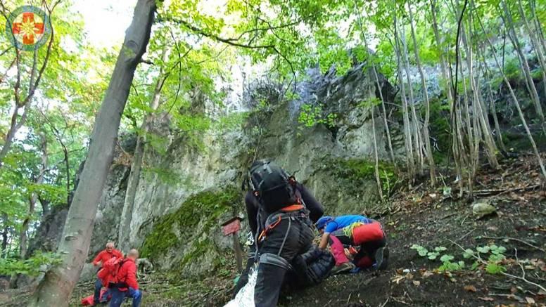 Planinar pao s visine od čak 35 metara: Spašavali ga GSS-ovci