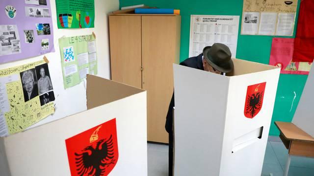 Izbori u Albaniji: Rama želi treći mandat, a oporba traži zaokret