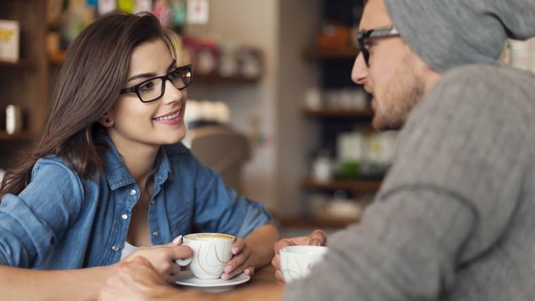 7 znakova da on nije spreman za vezu: Ne gubite vrijeme...