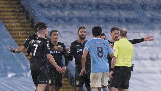 Manchester City v Aston Villa - Premier League - Etihad Stadium