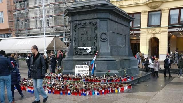 Pokidali Praljkov plakat na zagrebačkom glavnom trgu