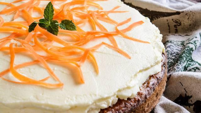 Kremasti užitak od mrkve i oraha - torta kakvu niste jeli