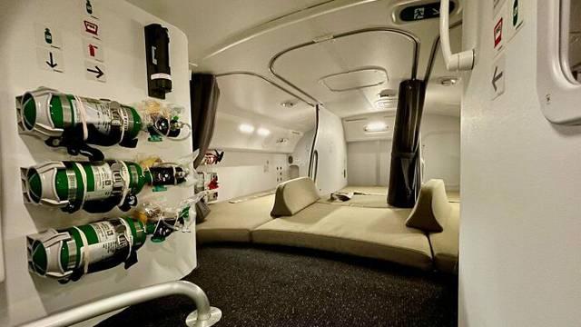 Evo gdje spava posada: Zavirite u tajnu prostoriju u zrakoplovu