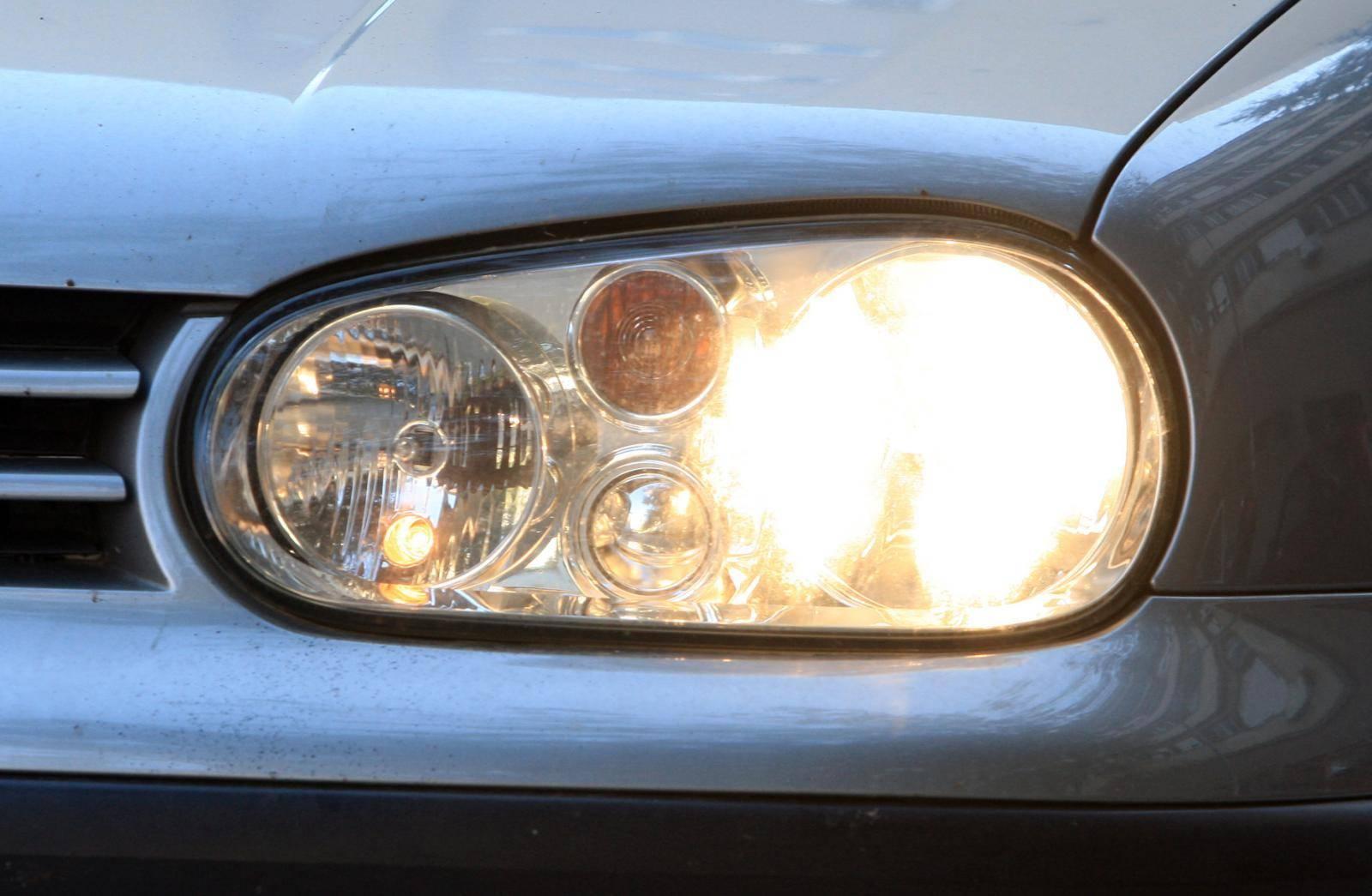 MUP javlja: Dnevna svjetla na autima više nisu obavezna