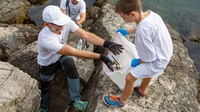 Hrvatski građani udružili snage s volonterima  u zaštiti okoliša