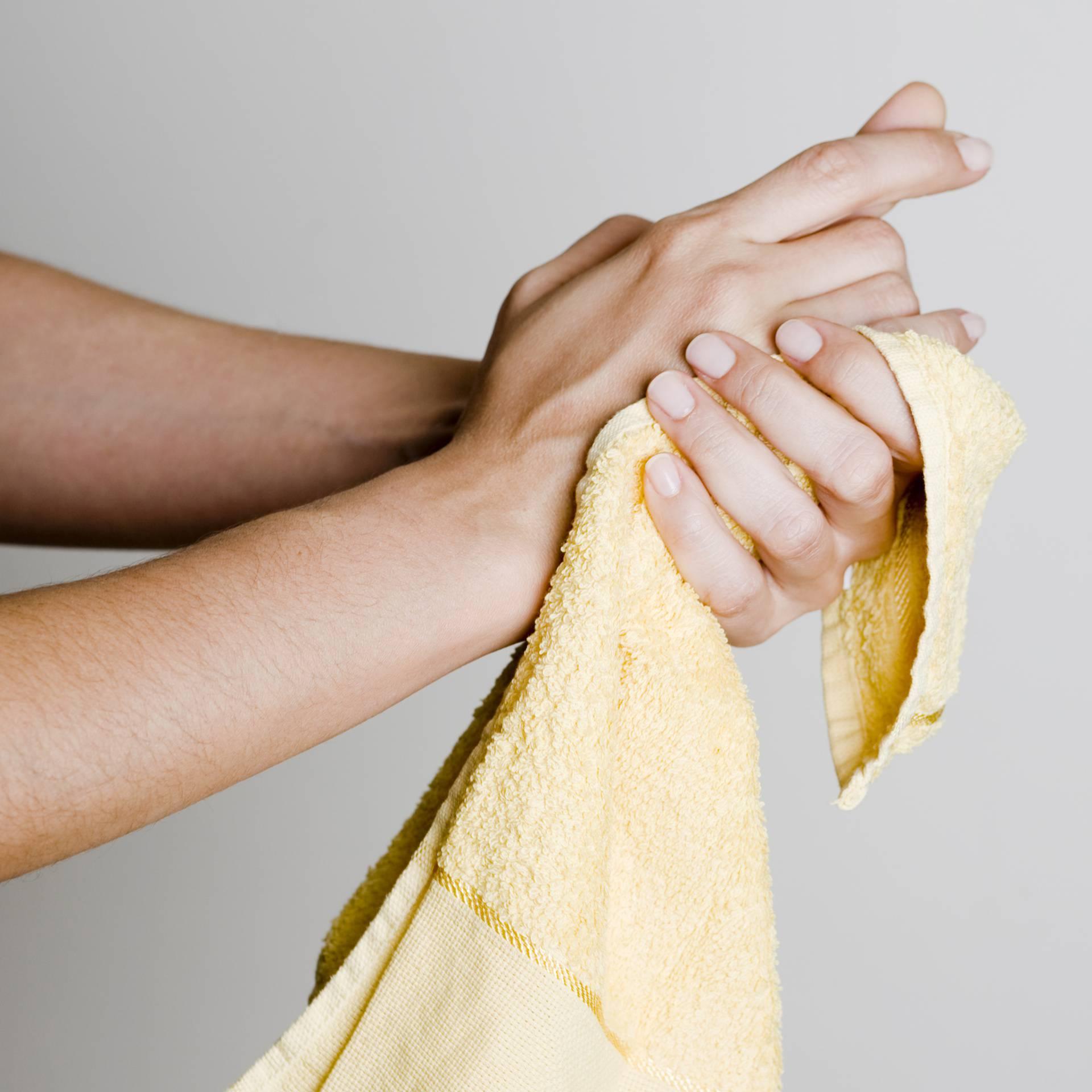 Ruke je nakon pranja jednako bitno dobro osušiti kao i oprati