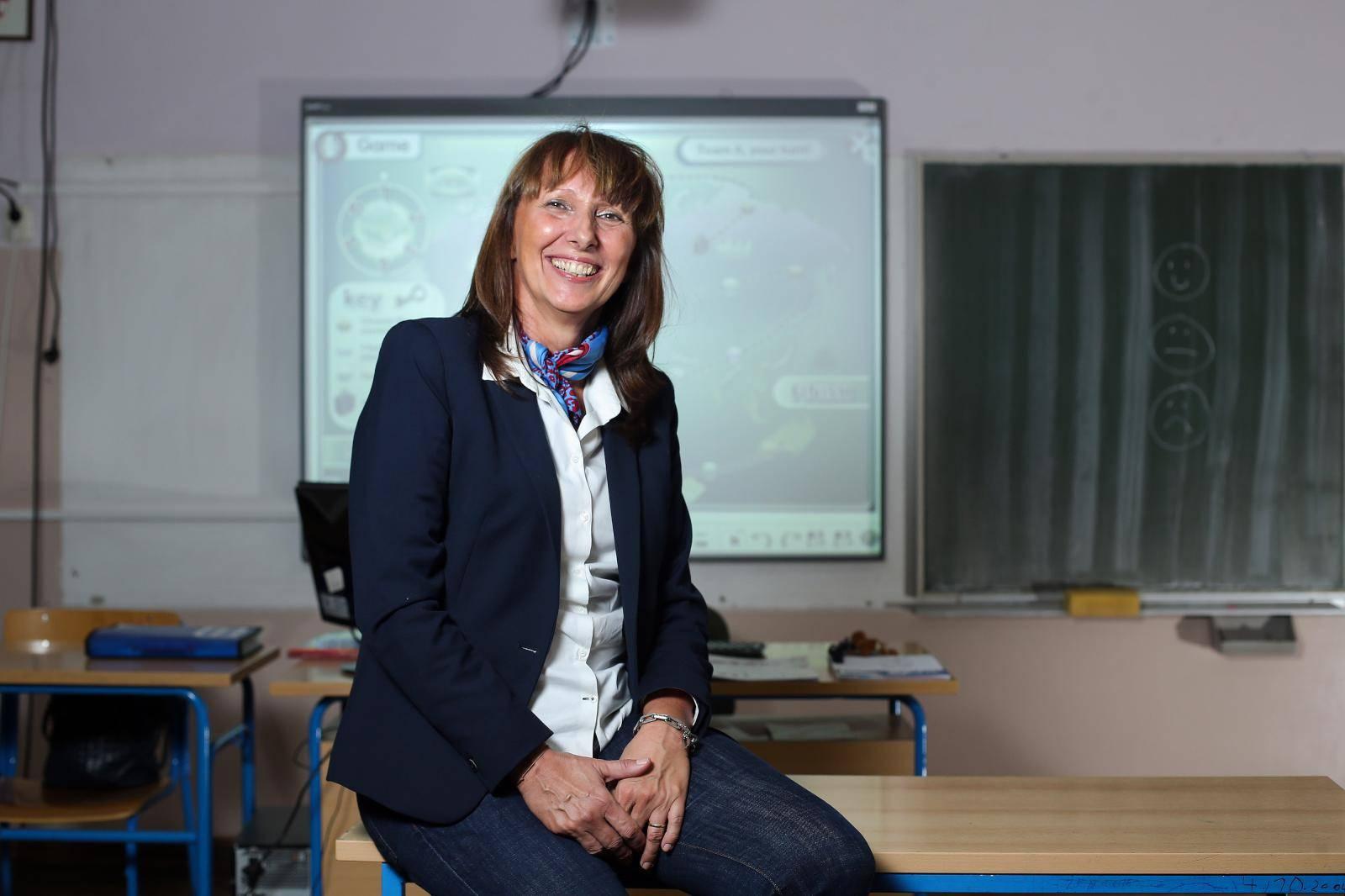 'Učenici su zasićeni ekranima, sve radije uče uz papir i olovke'