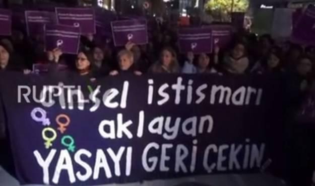 Tisuće na ulicama: Erdogan želi legalizirati silovanje curica