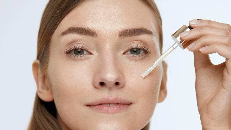 Hijaluronska kiselina savršena je za kožu - ona je kao spužva