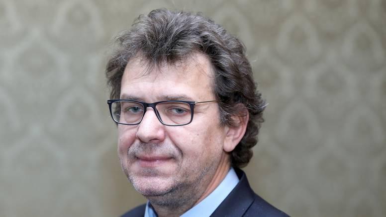Žigmanov upozorio: Učenike osmih razreda u Srbiji uče da  hrvatski jezik ne postoji