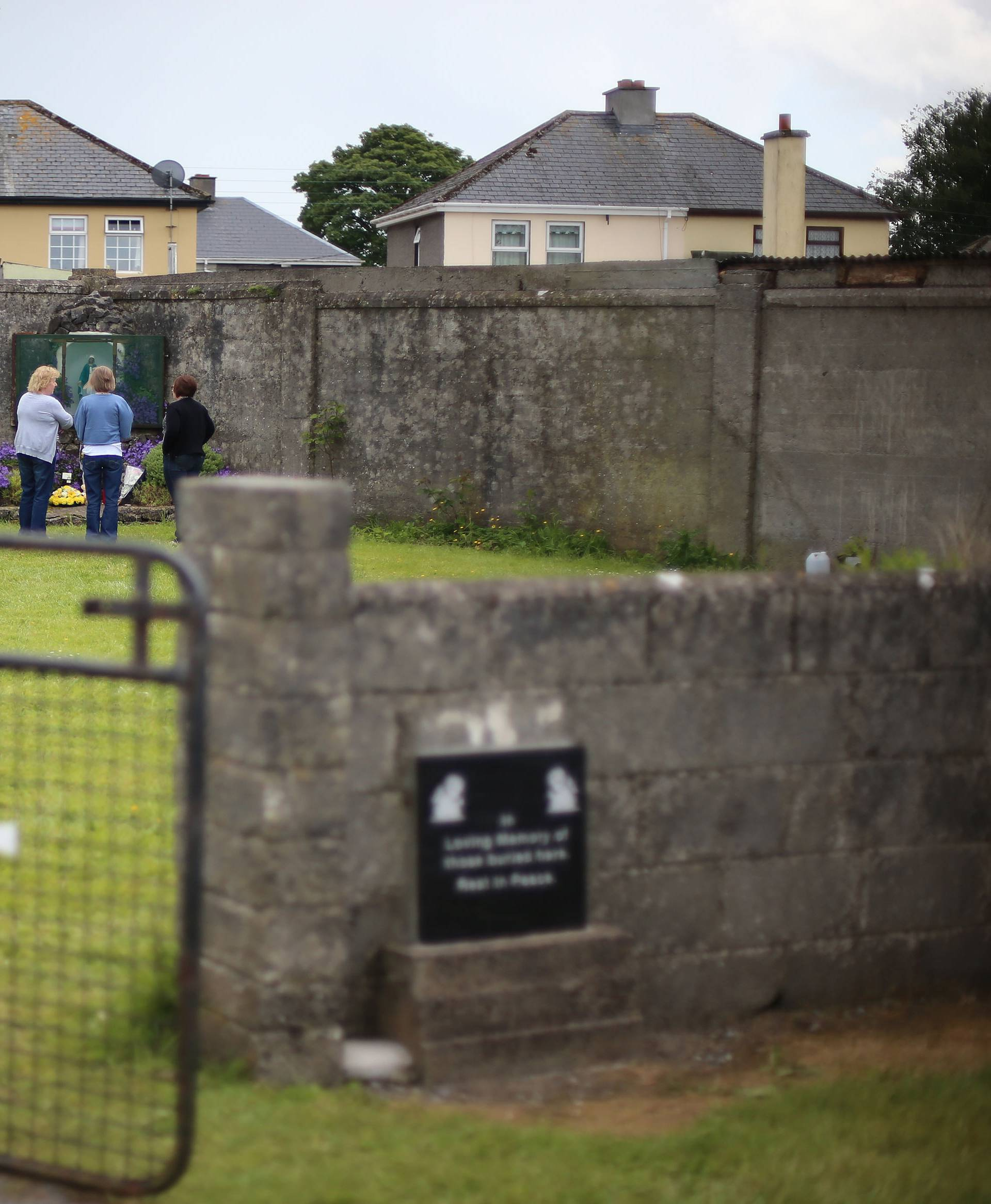 Probe into mother and baby homes