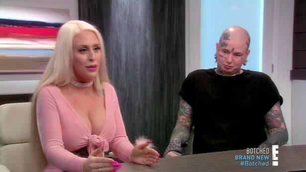 'Uklonite mi rebra i spojite mi prste, želim biti lutka za seks'
