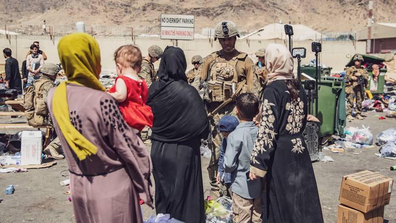 U snažnoj eksploziji u Kabulu ima žrtava: Raketu bacile američke snage, ciljale ISIS-K?