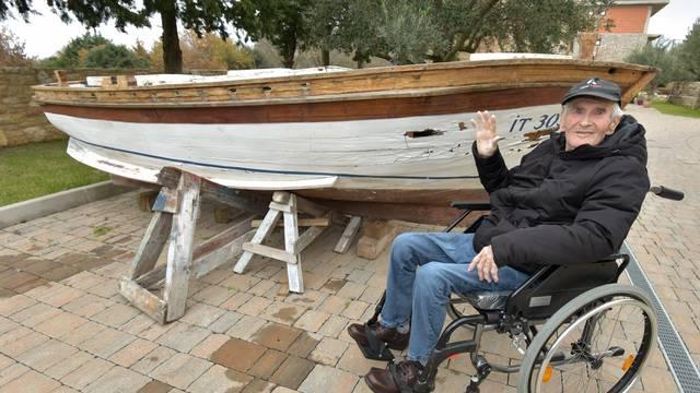Starac i barka: Mirku ovaj brod znači sve. Vratio ga je u život...