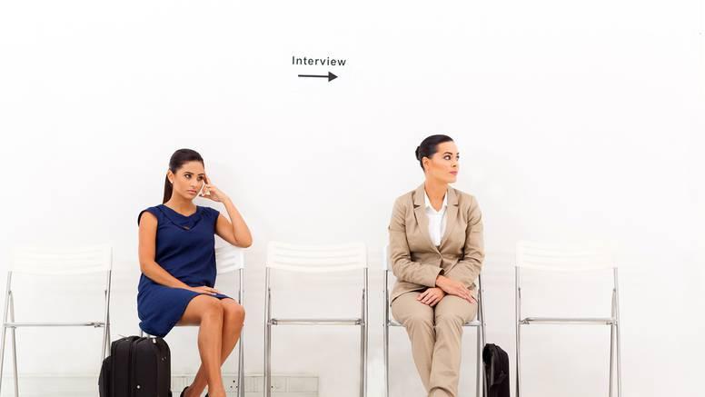 Pet znakova da se previše brinete zbog tuđih mišljenja