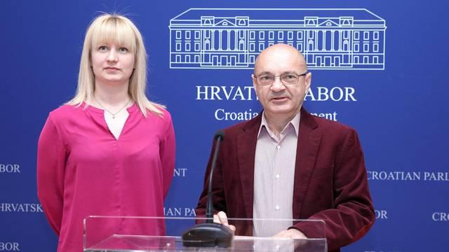 Zagreb: Zastupnik Goran Aleksić i odvjetnica Patricia Đurić o kamatama za euro kredite