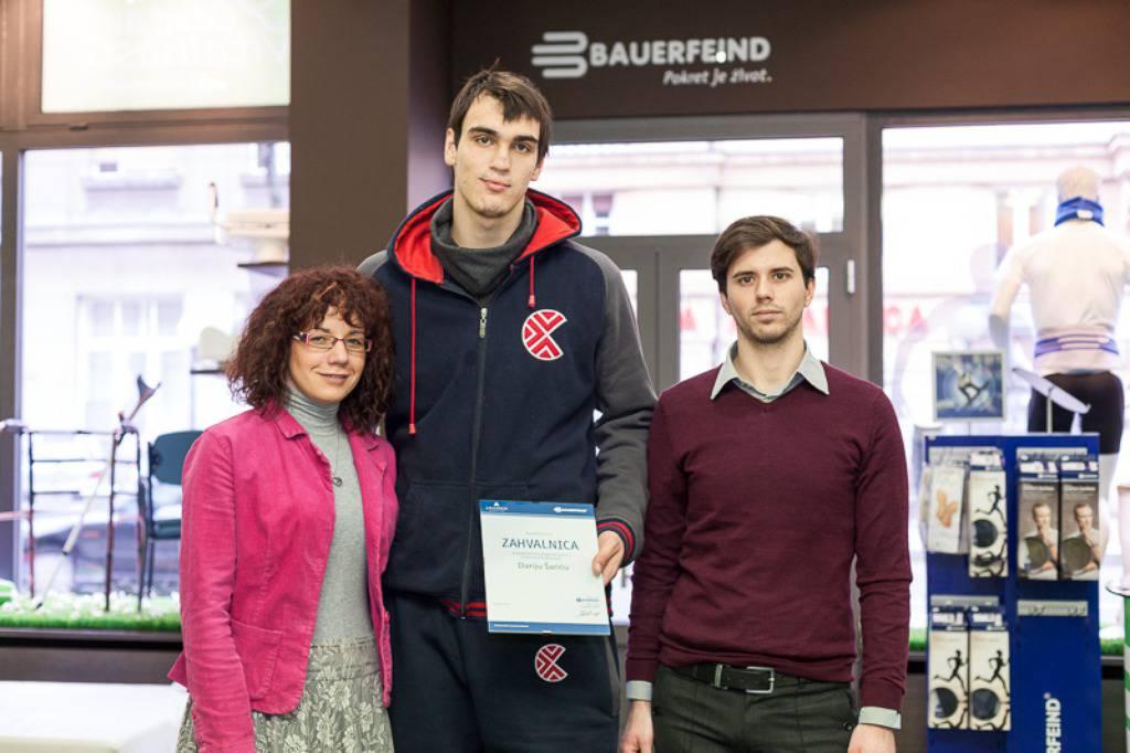 Dario Šarić pomaže u izgradnji doma za osobe s paralizom...