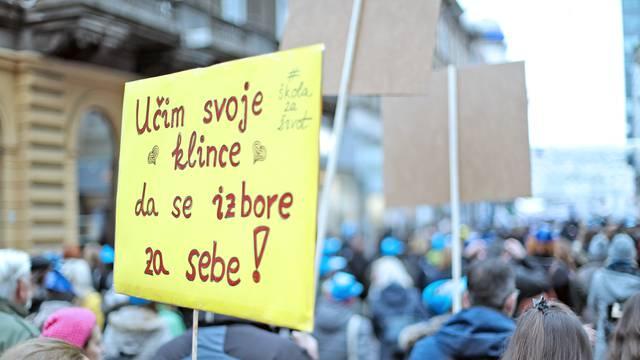 Veliki prosvjed Hrvatska mora bolje popunio glavni gradski Trg