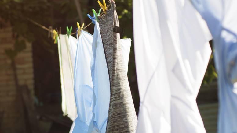 9 super trikova s octom: Pere, izbjeljuje i osvježava odjeću...