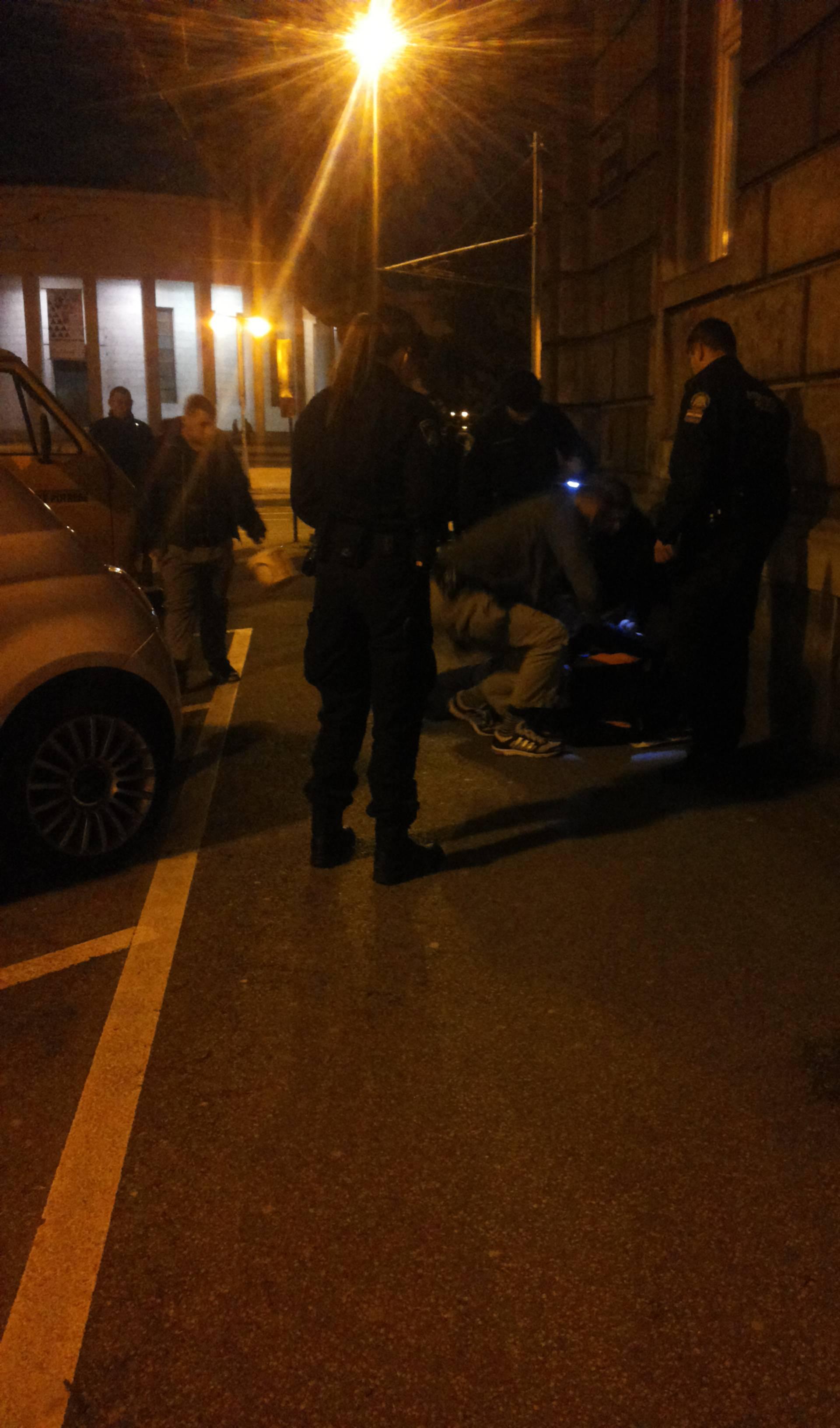 Bježao im je i divljao po cesti: Kradljivca auta ščepale Kobre