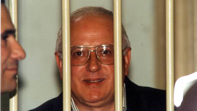 Umro šef napuljske mafije Raffaele Cutolo, zvani 'Profesor'