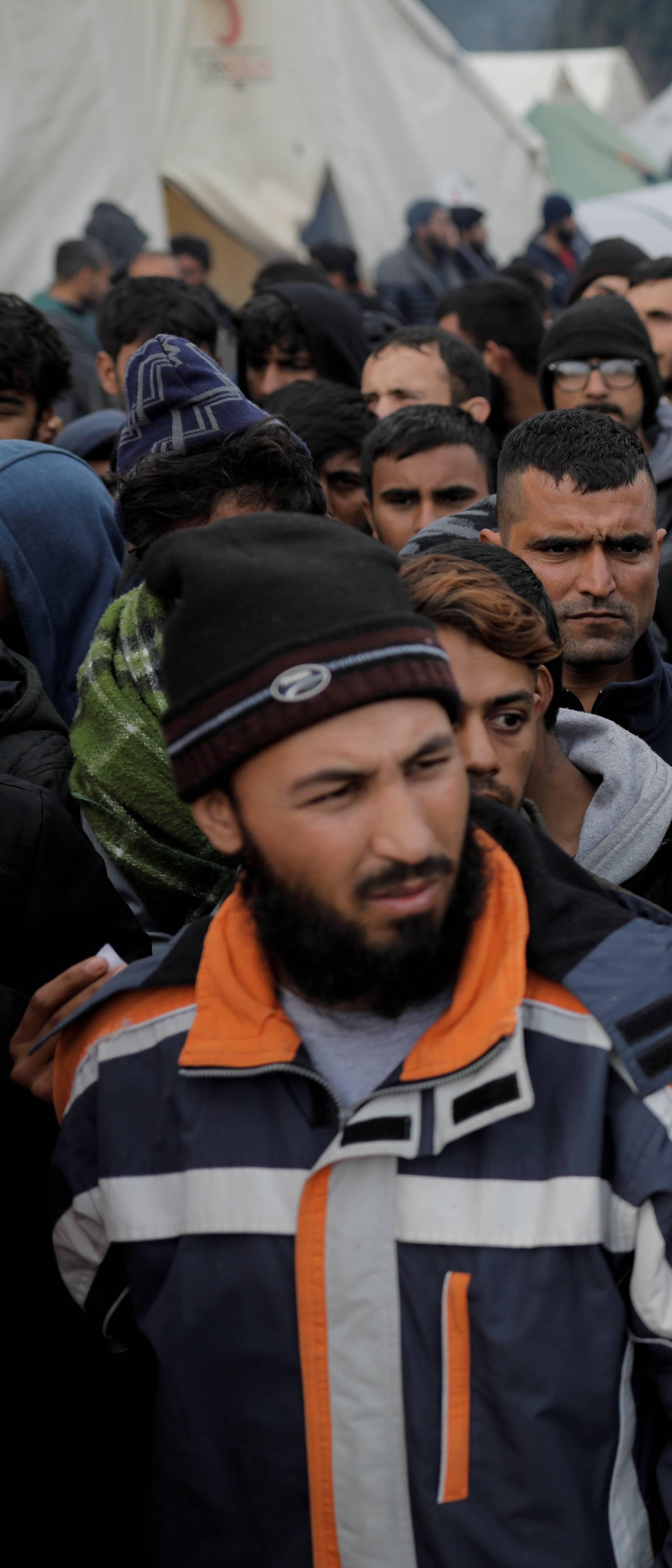 Vlasti u Tuzli protiv smještaja migranata na tom području