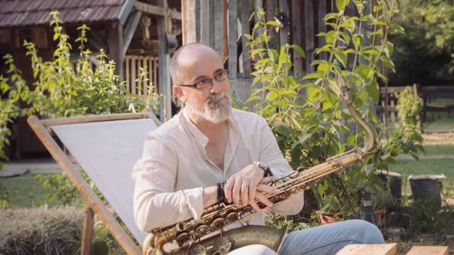 Igor Geržina: 'Pjesma 'One Slow Sunday' je emotivna balada'