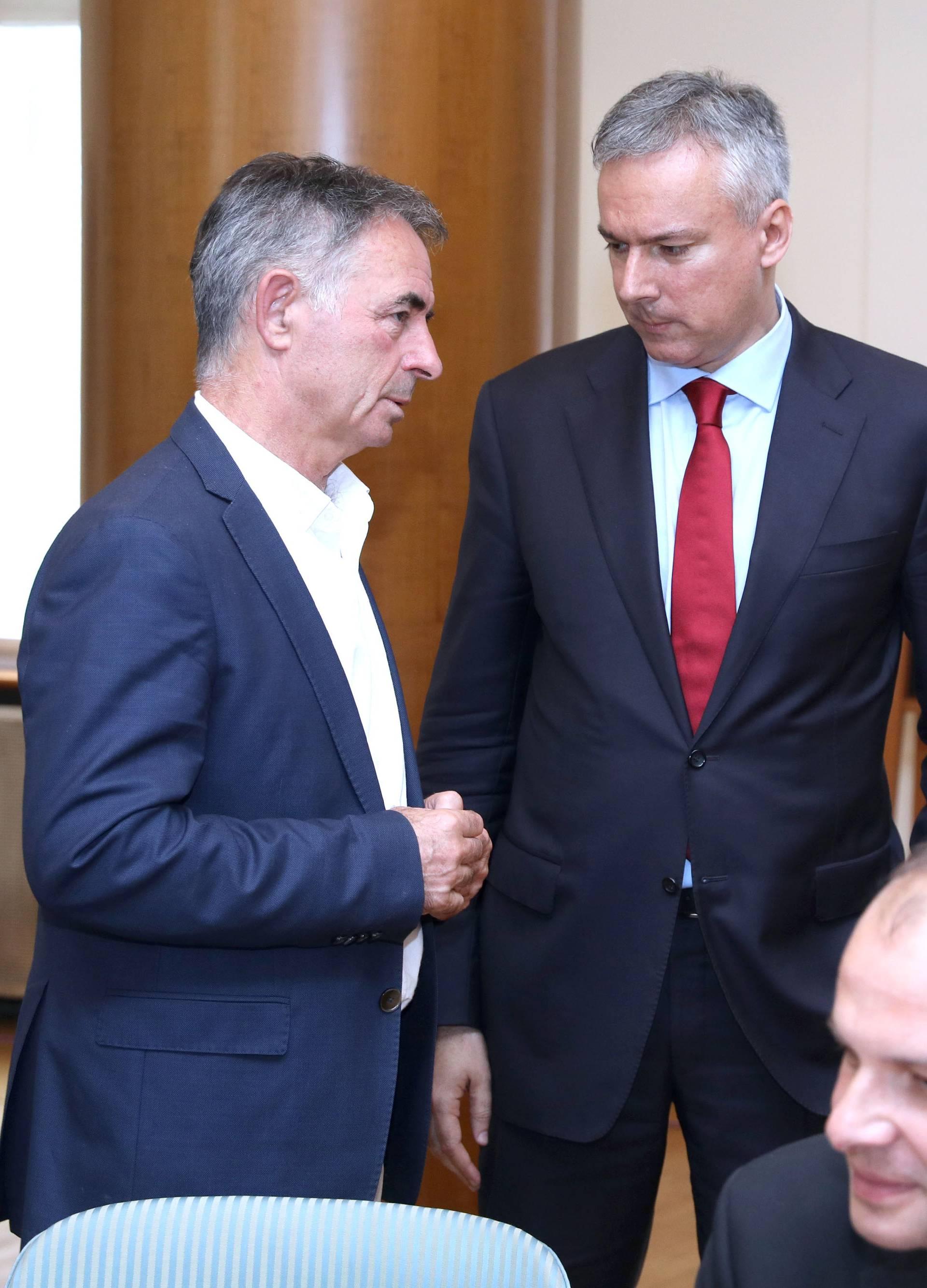 'Potrebna je jača diplomatska reakcija na Tajanijevu izjavu'