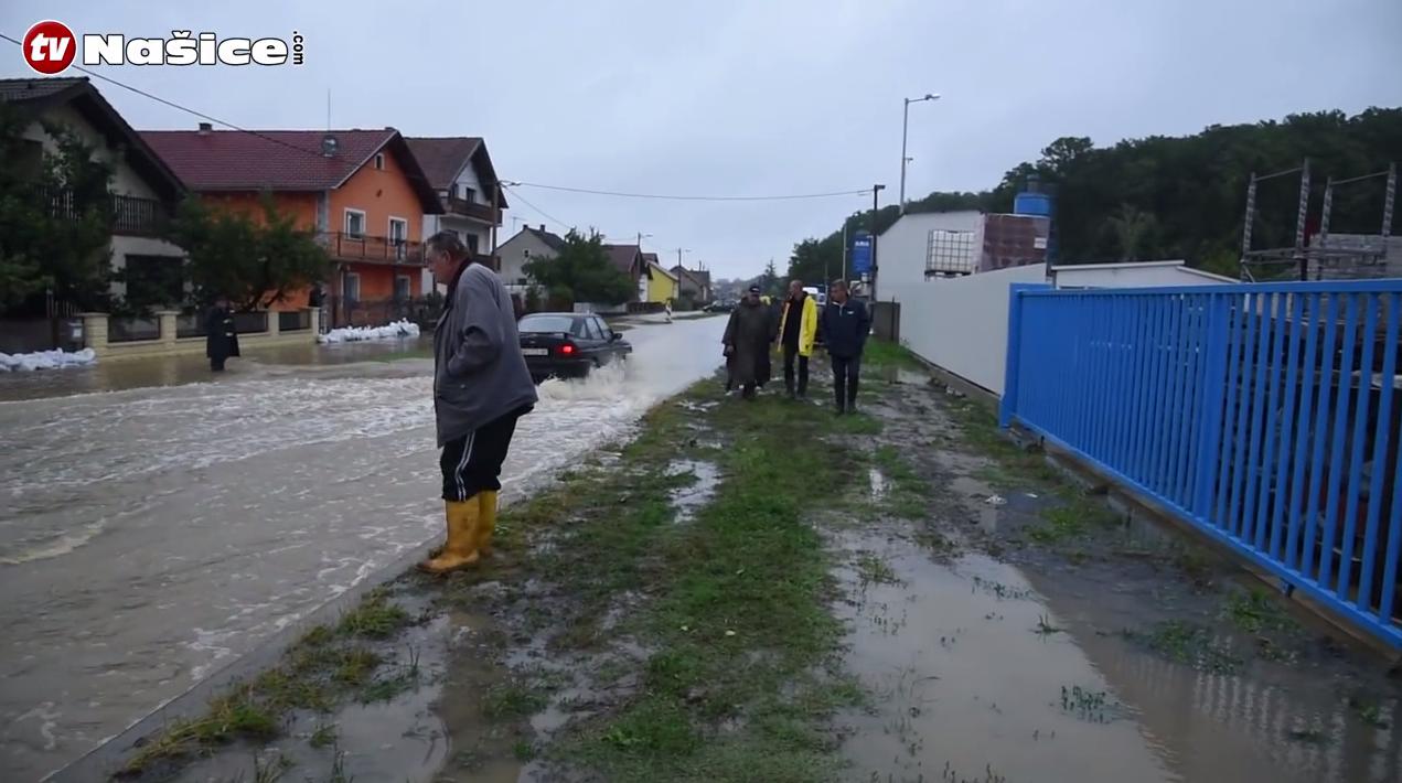 Burna noć u Našicama: Olujno nevrijeme oštetilo kuće i usjeve
