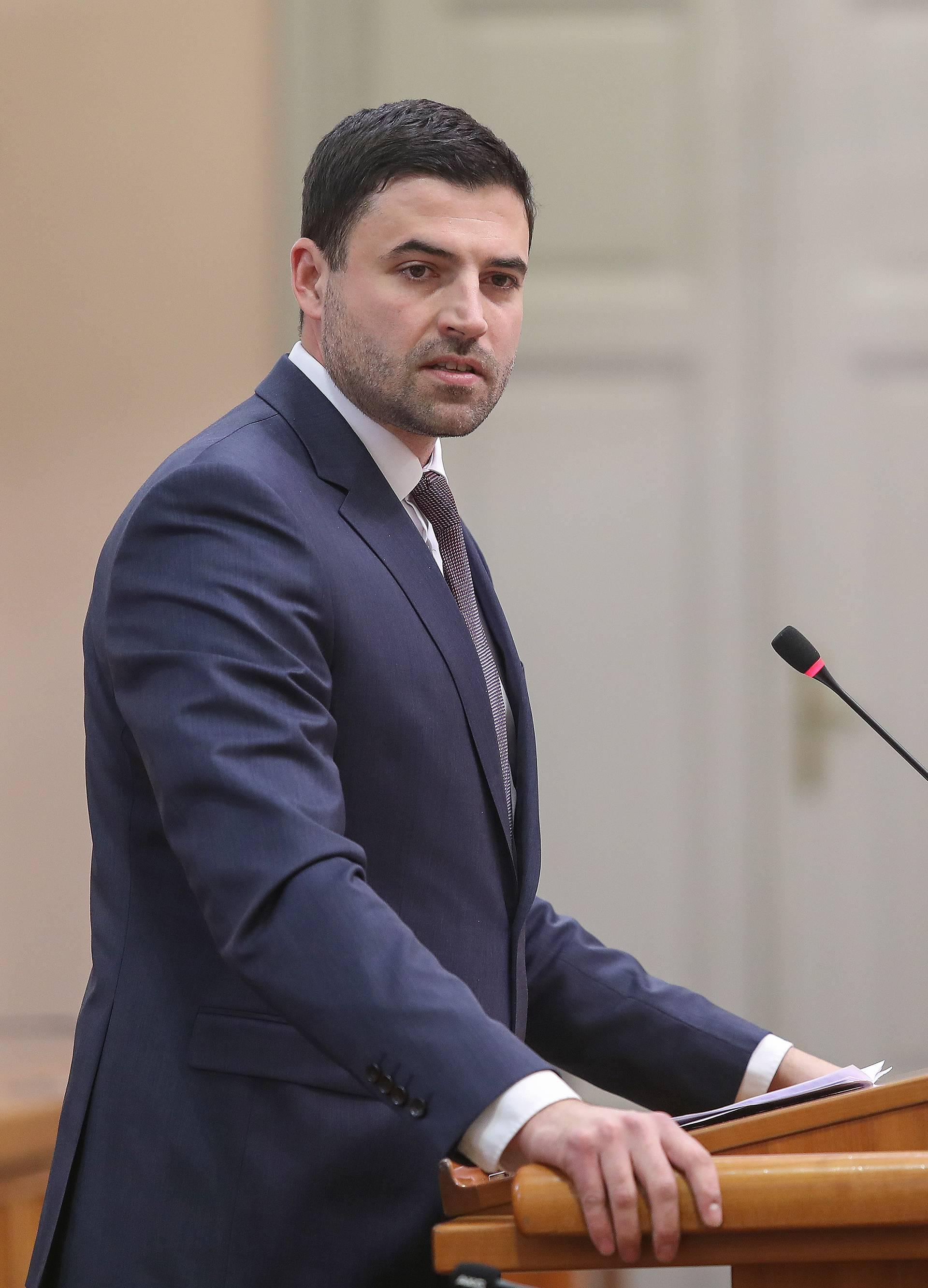 Zagreb: Rasprava o nepovjerenju ministrici Blaženki Divjak